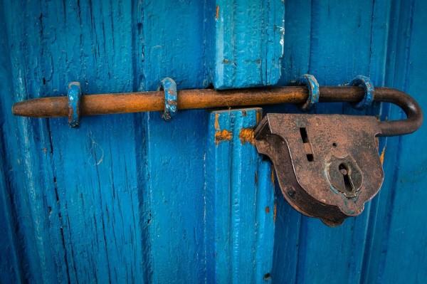 img_door-1587863_1280.jpg